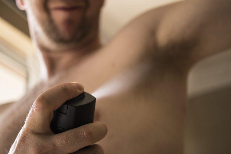 stosowanie dezodorantu to podstawa higieny
